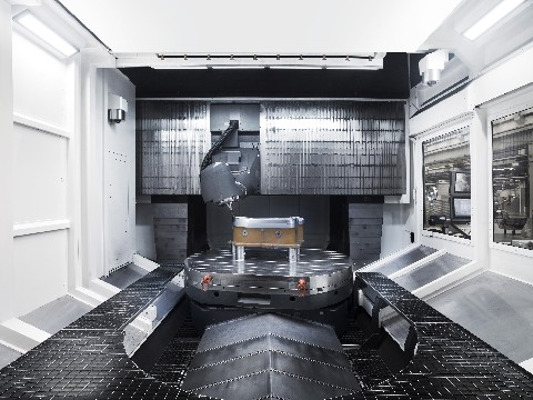 audi4ever a4e blog detail presse neue anlagen f r den audi werkzeugbau. Black Bedroom Furniture Sets. Home Design Ideas
