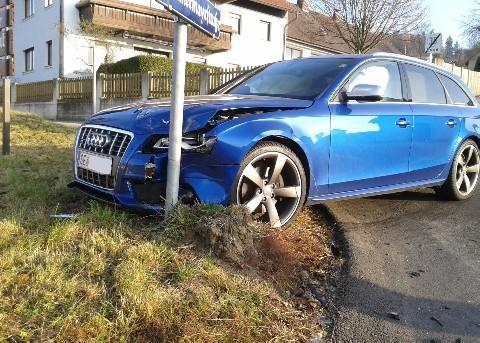 Autounfall A4
