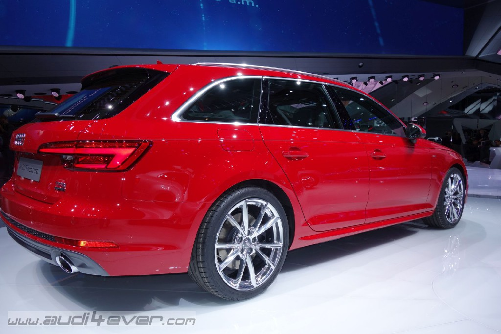Der neue Audi A4 fährt an den Start