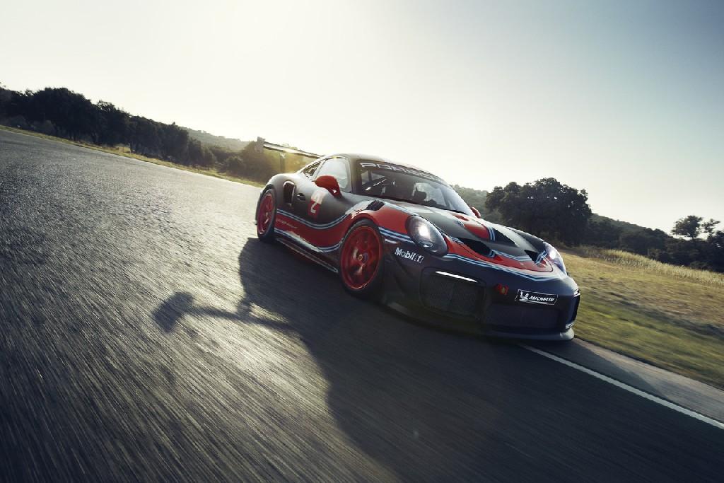 Porsche 911 GT2 RS Clubsport mit 700 PS