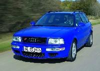 Audi A4 und Audi 80 - Audi feiert sein zehnmillionstes Auto in der Mittelklasse