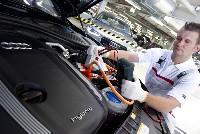 Audi gibt auch 2012 kräftig Gas: 1.200 neue Jobs und Ausbau des Investitionsprogramms