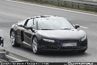 die ersten Fotos vom Audi R8 Facelift 2012