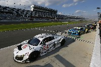 Audi in Daytona geschlagen von 4 Porsche