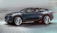 Ausblick auf die Serie - der Audi e-tron quattro concept auf der IAA 2015