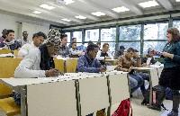Schulklassen für Flüchtlinge: Audi hilft beim Einstieg ins Berufsleben