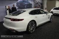 Österreich-Informationen zum neuen Porsche Panamera 4 E-Hybrid