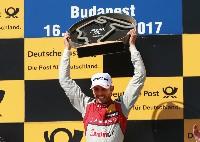 Rene Rast holt sich die DTM-Führung