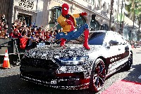 Getarnter Audi A8 Überraschungsgast bei Weltpremiere von Spider-Man: Homecoming