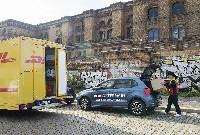 Volkswagen und DHL starten Pilotprojekt für Lieferung in Kofferräume
