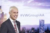 Mit der Roadmap E startet der Volkswagen Konzern die umfassendste Elektrifizierungsoffensive der Automobilindustrie