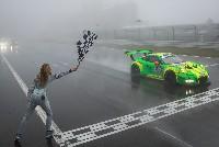Porsche 911 GT3 R gewinnt Langstrecken-Krimi in der Eifel - Enttäuschung für Audi