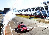 6 Siege in Folge - Audi-Pilot Rast gewinnt auch DTM-Finale