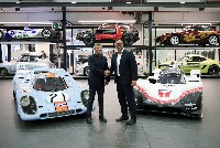 Porsche 919 Hybrid fährt von Weissach ins Porsche Museum