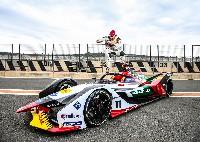 Audi stellt mit dem e-tron FE05 den neuen Rennwagen für die kommende Formel E-Saison vor