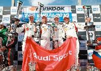 Audi Sport-Kundenteams feiern Doppelsieg in Dubai