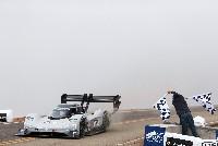 Volkswagen peilt Elektro-Rekord auf der Nürburgring-Nordschleife an