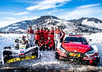 Audi-Rennfahrer begeistern auf Schnee und Eis
