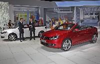 Doppelweltpremiere in Genf: Volkswagen zeigt neues Golf Cabriolet und neuen Tiguan