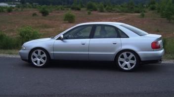 bundy75 -Audi A4 Limousine