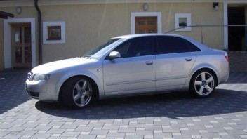 bobco -Audi A4 Limousine