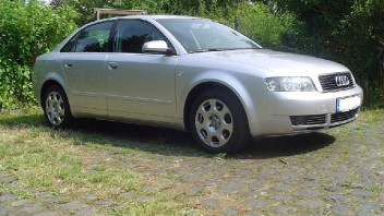 AUDIA4Freak -Audi A4 Limousine