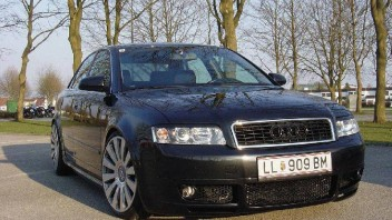 monster -Audi A4 Limousine