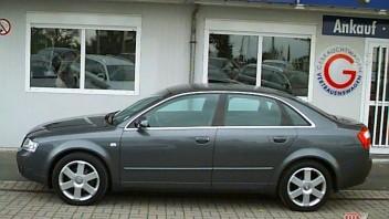 Le petit -Audi A4 Limousine