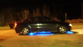 -short- -Audi A4 Limousine