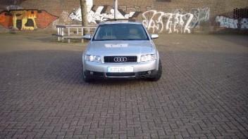 Artik -Audi A4 Limousine
