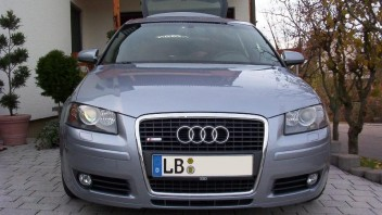 Bombentrichter -Audi A3