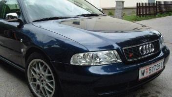 yyy -Audi A4 Limousine