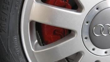 Holger2k -Audi A4 Limousine