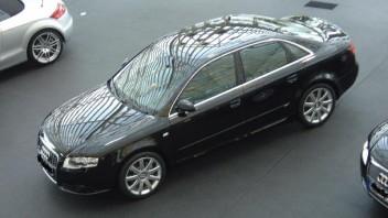 Drake -Audi A4 Limousine