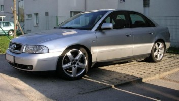 floschn -Audi A4 Limousine