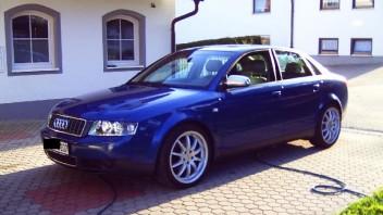 tom_tom -Audi A4 Limousine