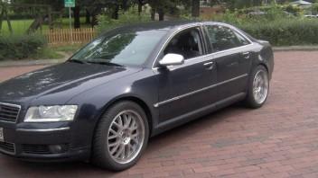 Atziator -Audi A8