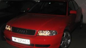 unique -Audi A4 Limousine