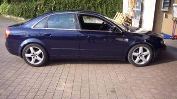 sighi 78 -Audi A4 Limousine