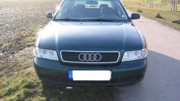 DDburny -Audi A4 Limousine