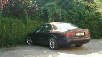 h_kos -Audi A8