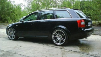 Tomkid-81 -Audi S4