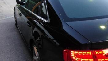 cnet2k -Audi A4 Limousine