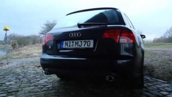 -Audi A4 Avant