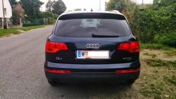 -Audi Q7