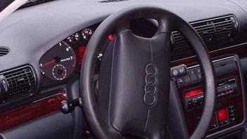 Gotteshand -Audi A4 Avant