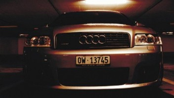 Itchy -Audi A4 Avant