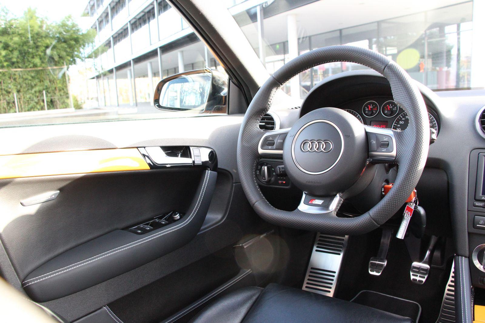 Audi4ever a4e blog detail audi phil vorstellung for Mueble 2 din audi a3 8p
