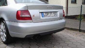 fenskechecker1 -Audi A4 Limousine