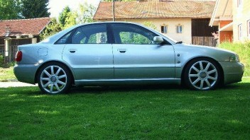 Volker Lommer -Audi A4 Limousine